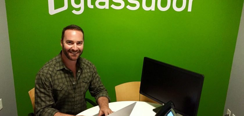 Why PR and Marketing Companies Should Not Ignore Glassdoor